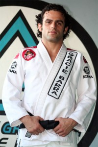 "Carlos Lemos ""Escorrega"" (Gracie Barra)"