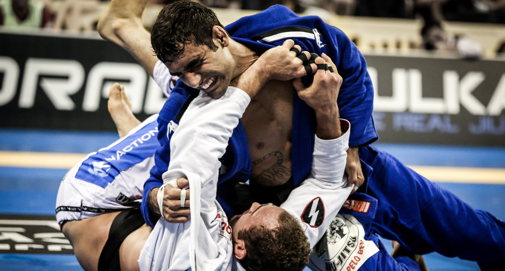 Leandro Lo Breaks 20 YO Record For Most World Titles In Different Weight Classes