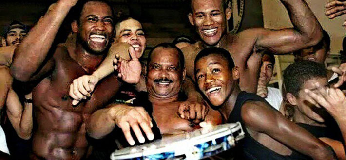 Terere, Andre Galvao, Jacare and Jackson Sousa (2004)