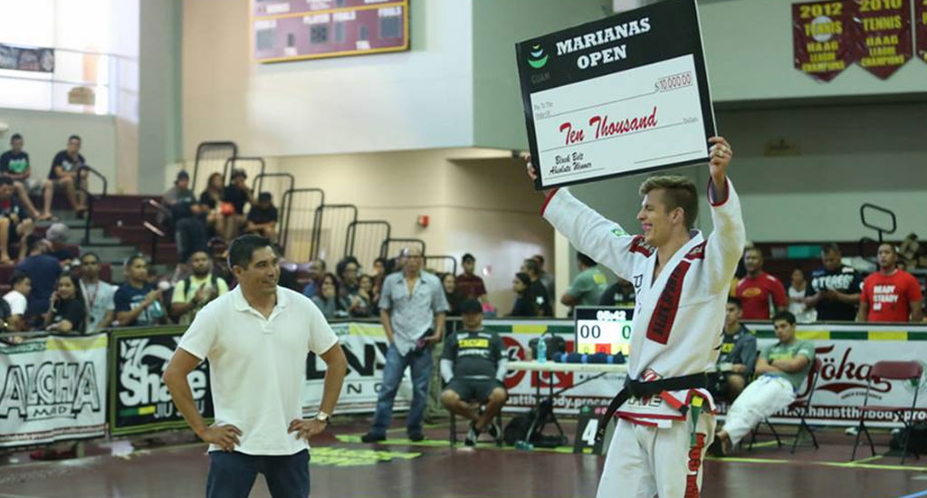 Keenan beats Leite and Fowler in Guam