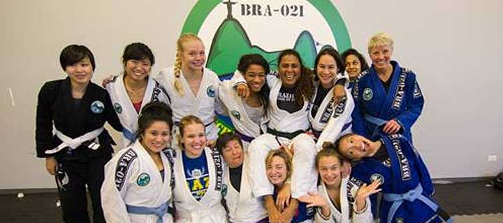 Hanette Staack women's only class at Brazil 021