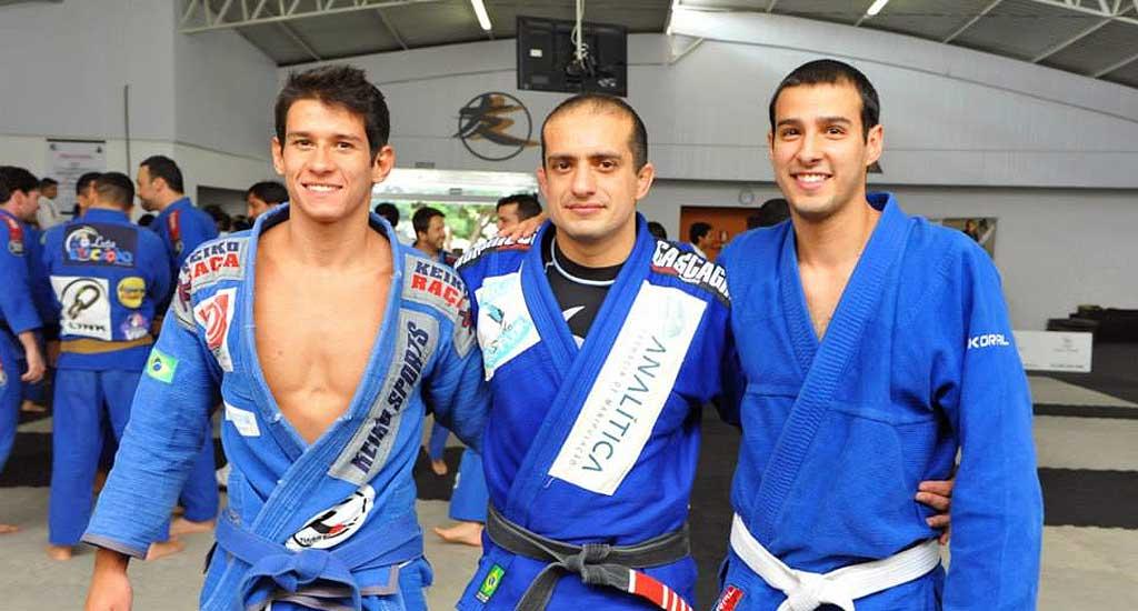 Elan Santiago