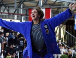 Yara Breaks Gabrieli Pessanha's Unbeaten Record In Superb Dream Art Performance At South American Pro